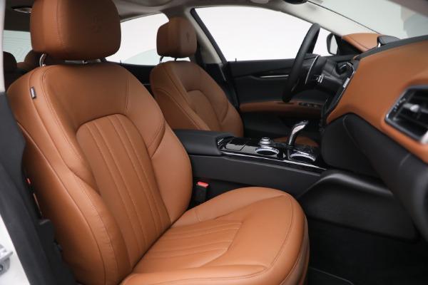 New 2022 Maserati Ghibli Modena Q4 for sale $86,645 at Bugatti of Greenwich in Greenwich CT 06830 26