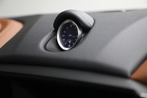 New 2022 Maserati Ghibli Modena Q4 for sale $86,645 at Bugatti of Greenwich in Greenwich CT 06830 28