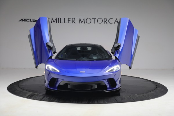 New 2022 McLaren GT Luxe for sale $228,080 at Bugatti of Greenwich in Greenwich CT 06830 13