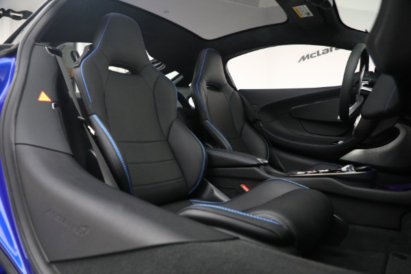New 2022 McLaren GT Luxe for sale $228,080 at Bugatti of Greenwich in Greenwich CT 06830 22