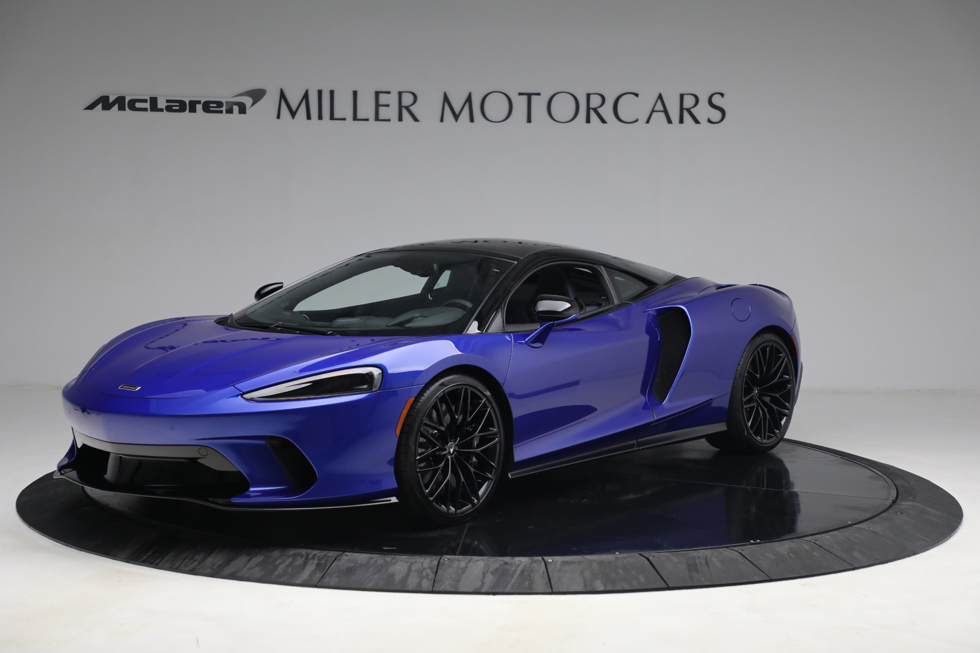 New 2022 McLaren GT Luxe for sale $228,080 at Bugatti of Greenwich in Greenwich CT 06830 1