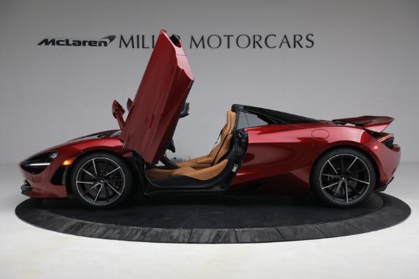 New 2022 McLaren 720S Spider for sale $382,090 at Bugatti of Greenwich in Greenwich CT 06830 15
