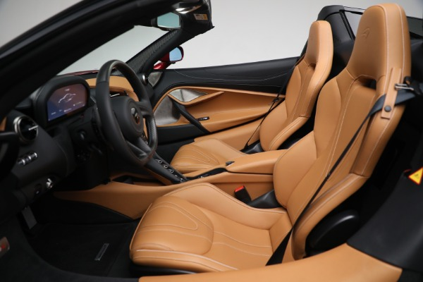 New 2022 McLaren 720S Spider for sale $382,090 at Bugatti of Greenwich in Greenwich CT 06830 22