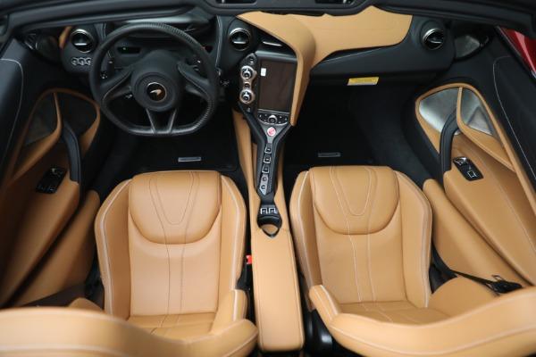 New 2022 McLaren 720S Spider for sale $382,090 at Bugatti of Greenwich in Greenwich CT 06830 24