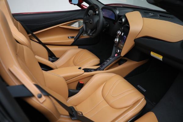 New 2022 McLaren 720S Spider for sale $382,090 at Bugatti of Greenwich in Greenwich CT 06830 27