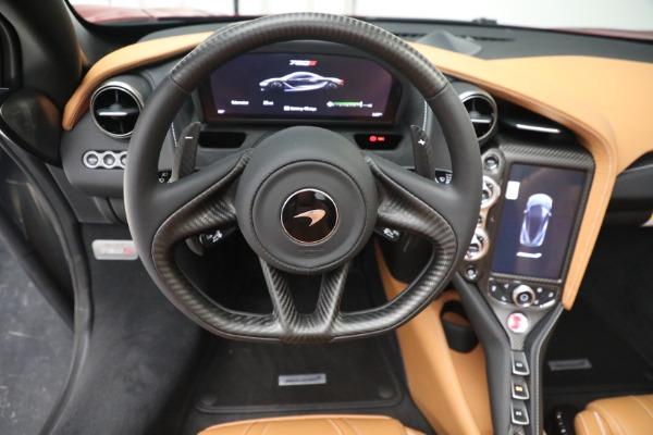 New 2022 McLaren 720S Spider for sale $382,090 at Bugatti of Greenwich in Greenwich CT 06830 28