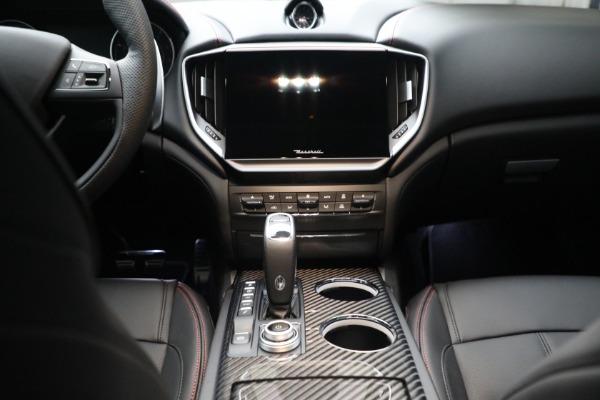New 2022 Maserati Ghibli Modena Q4 for sale $103,855 at Bugatti of Greenwich in Greenwich CT 06830 18