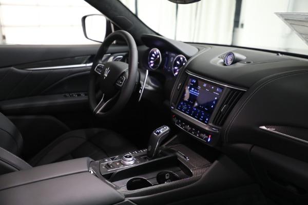 New 2022 Maserati Levante Modena for sale $108,775 at Bugatti of Greenwich in Greenwich CT 06830 16