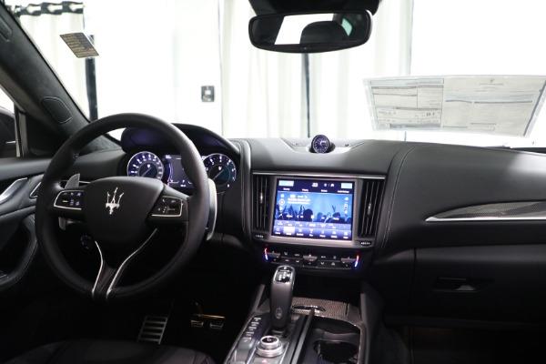 New 2022 Maserati Levante Modena for sale $108,775 at Bugatti of Greenwich in Greenwich CT 06830 21