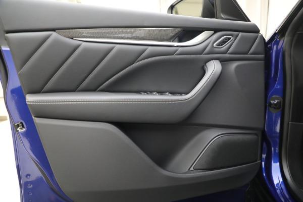 New 2022 Maserati Levante Modena for sale $108,475 at Bugatti of Greenwich in Greenwich CT 06830 17
