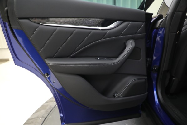 New 2022 Maserati Levante Modena for sale $108,475 at Bugatti of Greenwich in Greenwich CT 06830 21