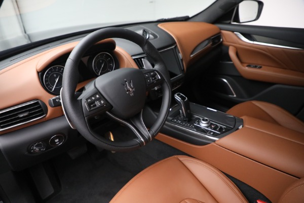 New 2022 Maserati Levante Modena for sale $104,545 at Bugatti of Greenwich in Greenwich CT 06830 13
