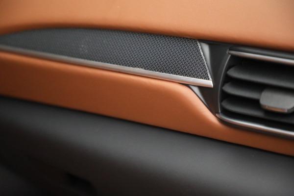 New 2022 Maserati Levante Modena for sale $104,545 at Bugatti of Greenwich in Greenwich CT 06830 27
