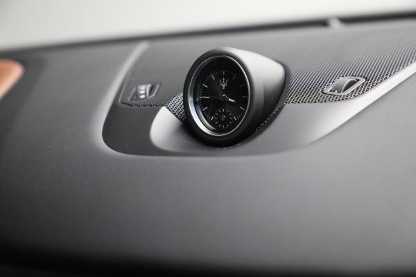 New 2022 Maserati Levante Modena for sale $104,545 at Bugatti of Greenwich in Greenwich CT 06830 28