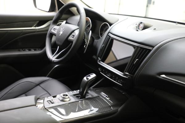 New 2022 Maserati Levante Modena for sale $109,975 at Bugatti of Greenwich in Greenwich CT 06830 11