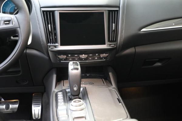 New 2022 Maserati Levante Modena for sale $109,975 at Bugatti of Greenwich in Greenwich CT 06830 12