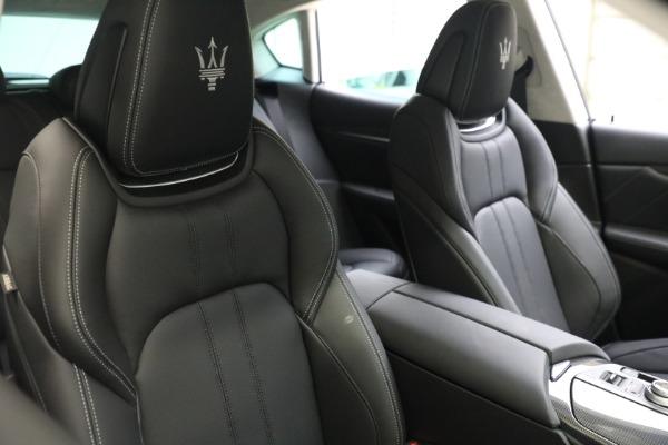 New 2022 Maserati Levante Modena for sale $109,975 at Bugatti of Greenwich in Greenwich CT 06830 16