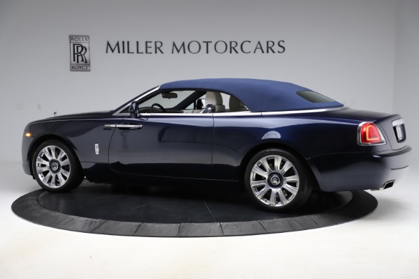 Used 2016 Rolls-Royce Dawn for sale $243,900 at Bugatti of Greenwich in Greenwich CT 06830 17