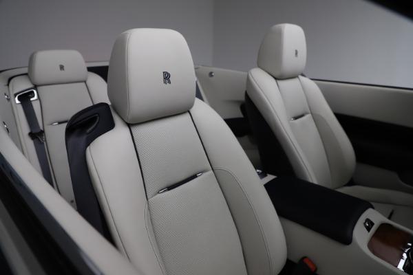 Used 2016 Rolls-Royce Dawn for sale $243,900 at Bugatti of Greenwich in Greenwich CT 06830 26