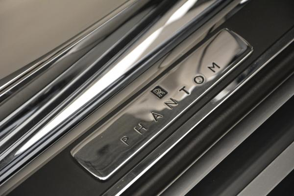 Used 2015 Rolls-Royce Phantom Drophead Coupe for sale Sold at Bugatti of Greenwich in Greenwich CT 06830 27