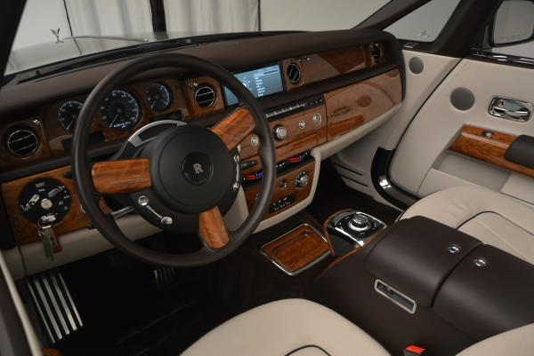 Used 2015 Rolls-Royce Phantom Drophead Coupe for sale Sold at Bugatti of Greenwich in Greenwich CT 06830 28