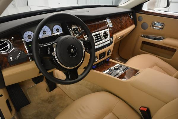 Used 2013 Rolls-Royce Ghost for sale Sold at Bugatti of Greenwich in Greenwich CT 06830 16