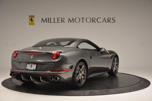 Used 2015 Ferrari California T for sale Sold at Bugatti of Greenwich in Greenwich CT 06830 19