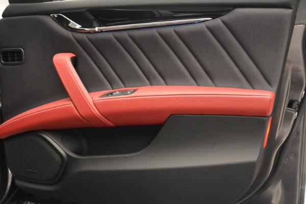 New 2017 Maserati Quattroporte S Q4 GranLusso for sale Sold at Bugatti of Greenwich in Greenwich CT 06830 26