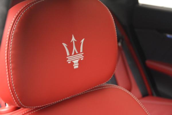 New 2017 Maserati Quattroporte S Q4 GranLusso for sale Sold at Bugatti of Greenwich in Greenwich CT 06830 27
