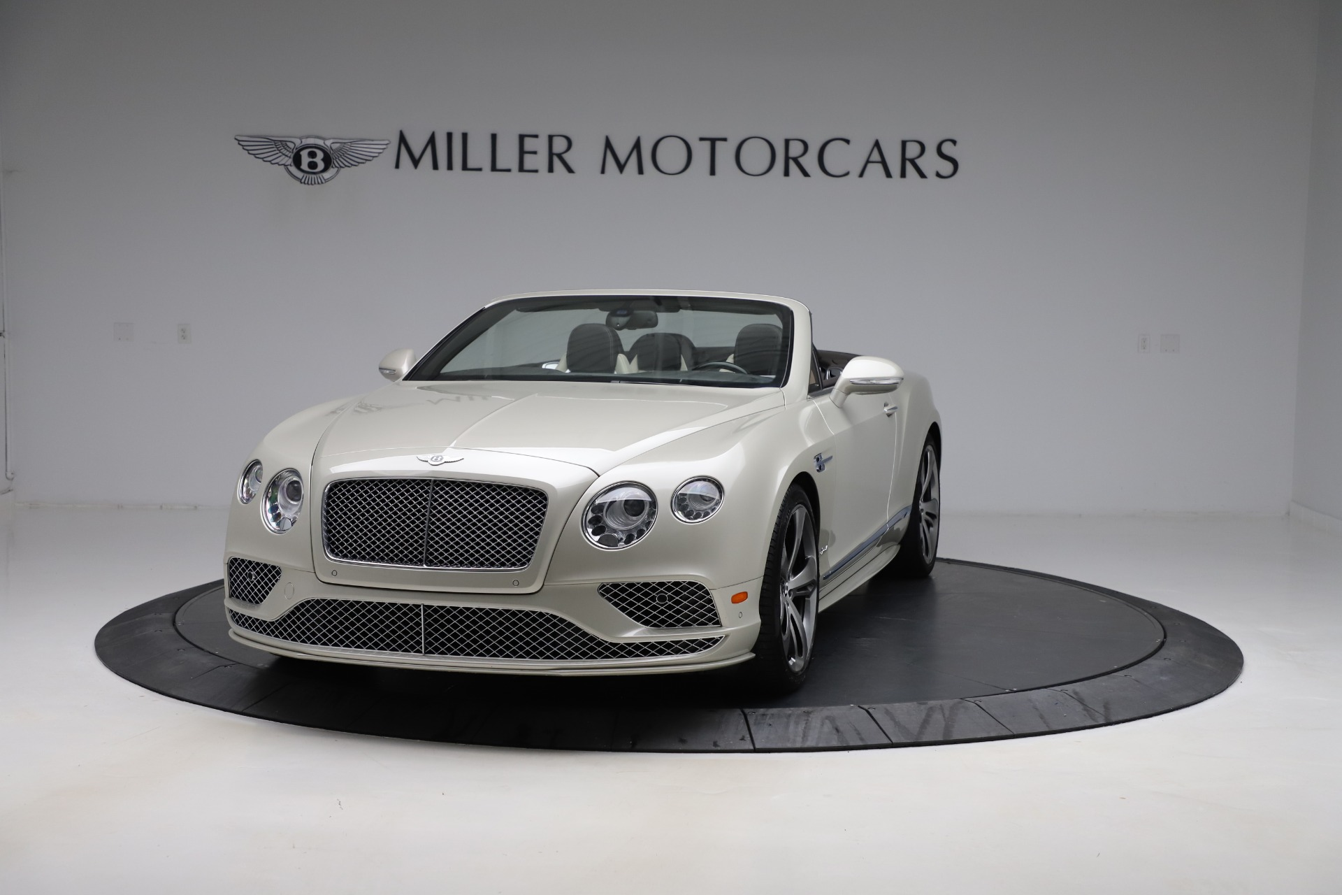 Used 2016 Bentley Continental GTC Speed for sale $149,900 at Bugatti of Greenwich in Greenwich CT 06830 1