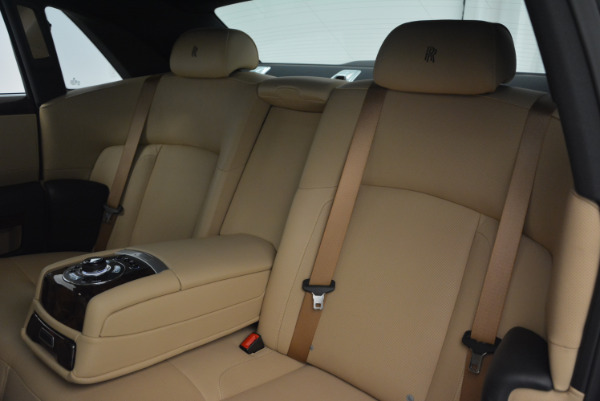 Used 2011 Rolls-Royce Ghost for sale Sold at Bugatti of Greenwich in Greenwich CT 06830 22