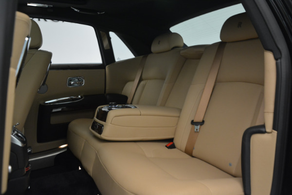 Used 2011 Rolls-Royce Ghost for sale Sold at Bugatti of Greenwich in Greenwich CT 06830 23