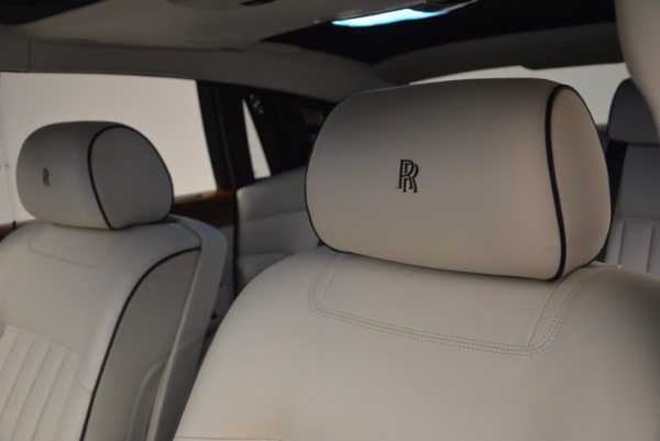 Used 2011 Rolls-Royce Phantom for sale Sold at Bugatti of Greenwich in Greenwich CT 06830 12
