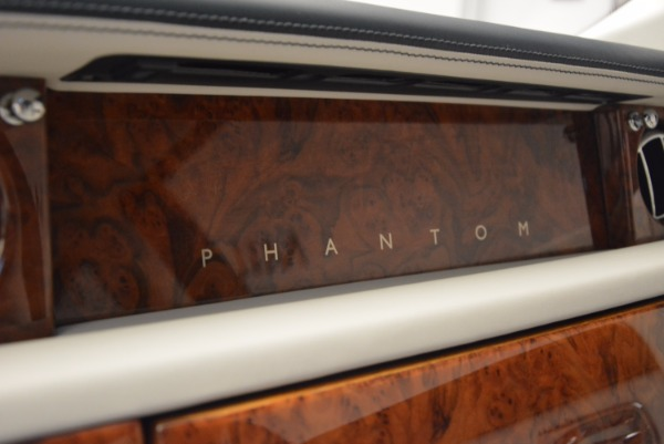 Used 2011 Rolls-Royce Phantom for sale Sold at Bugatti of Greenwich in Greenwich CT 06830 15