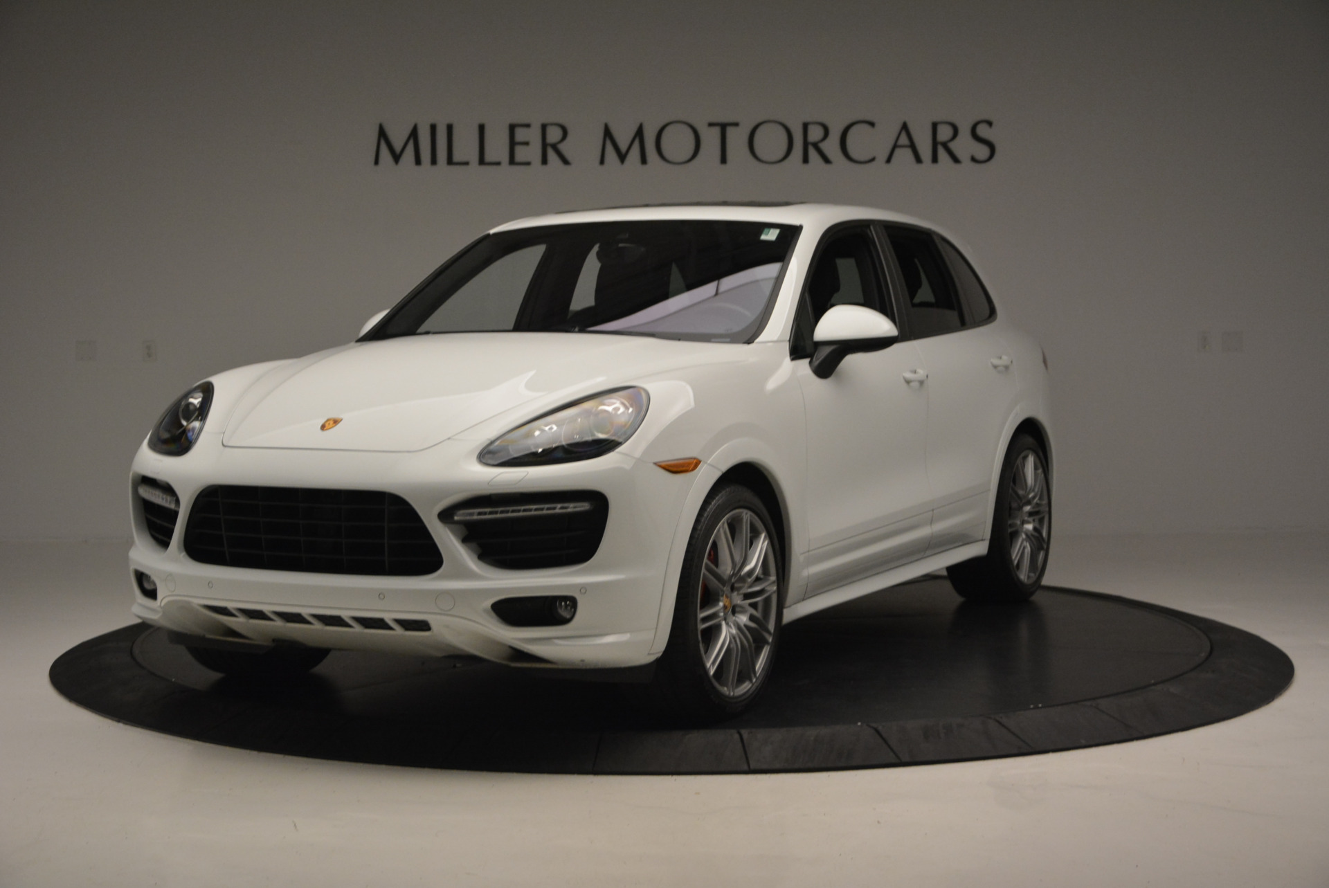 Used 2014 Porsche Cayenne GTS for sale Sold at Bugatti of Greenwich in Greenwich CT 06830 1