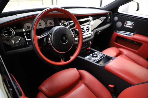Used 2017 Rolls-Royce Ghost for sale $209,900 at Bugatti of Greenwich in Greenwich CT 06830 16