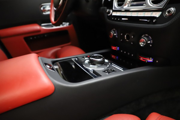 Used 2017 Rolls-Royce Ghost for sale $209,900 at Bugatti of Greenwich in Greenwich CT 06830 24