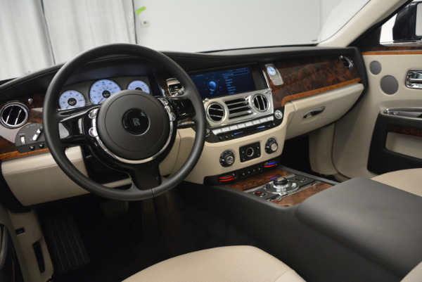 Used 2013 Rolls-Royce Ghost for sale Sold at Bugatti of Greenwich in Greenwich CT 06830 18