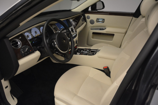 Used 2013 Rolls-Royce Ghost for sale Sold at Bugatti of Greenwich in Greenwich CT 06830 25