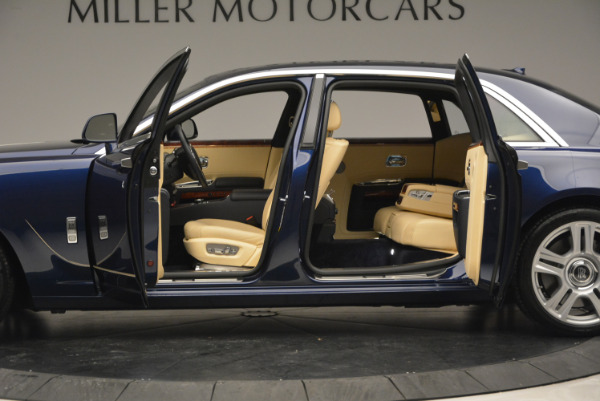 Used 2016 Rolls-Royce Ghost EWB for sale Sold at Bugatti of Greenwich in Greenwich CT 06830 15