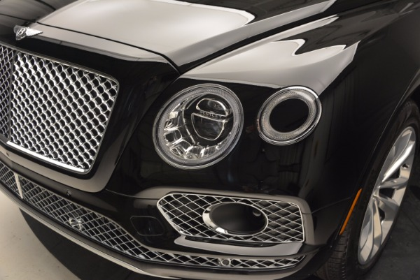 Used 2017 Bentley Bentayga for sale Sold at Bugatti of Greenwich in Greenwich CT 06830 15