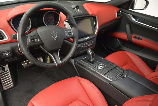 Used 2017 Maserati Ghibli S Q4 for sale $51,900 at Bugatti of Greenwich in Greenwich CT 06830 13