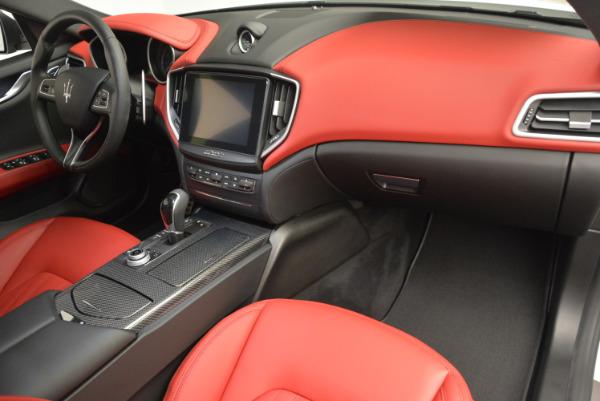 Used 2017 Maserati Ghibli S Q4 for sale $49,900 at Bugatti of Greenwich in Greenwich CT 06830 20