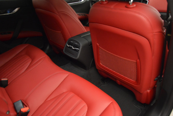Used 2017 Maserati Ghibli S Q4 for sale $49,900 at Bugatti of Greenwich in Greenwich CT 06830 23