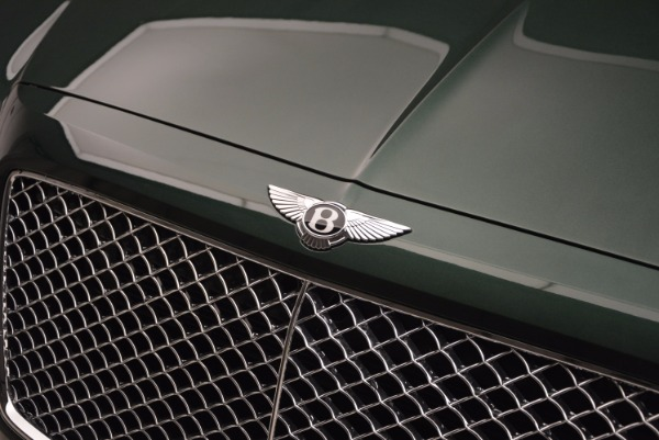 Used 2017 Bentley Bentayga W12 for sale $135,900 at Bugatti of Greenwich in Greenwich CT 06830 18