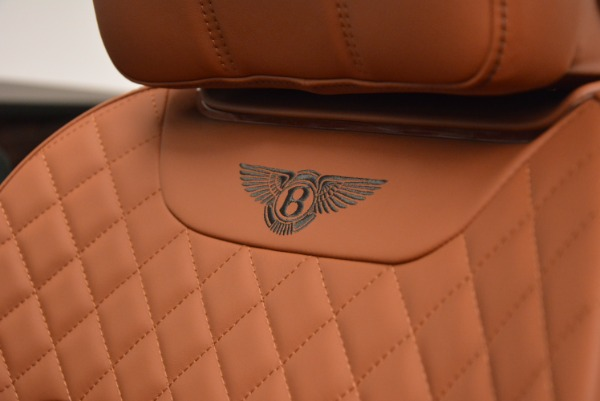 Used 2017 Bentley Bentayga W12 for sale $135,900 at Bugatti of Greenwich in Greenwich CT 06830 28