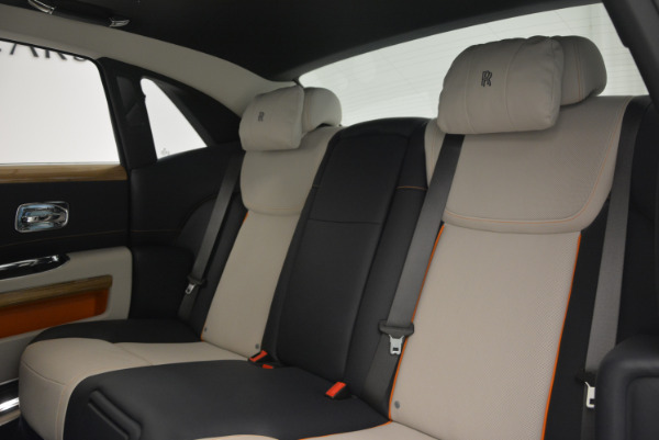 New 2017 Rolls-Royce Ghost for sale Sold at Bugatti of Greenwich in Greenwich CT 06830 24