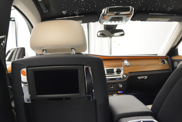 New 2017 Rolls-Royce Ghost for sale Sold at Bugatti of Greenwich in Greenwich CT 06830 26