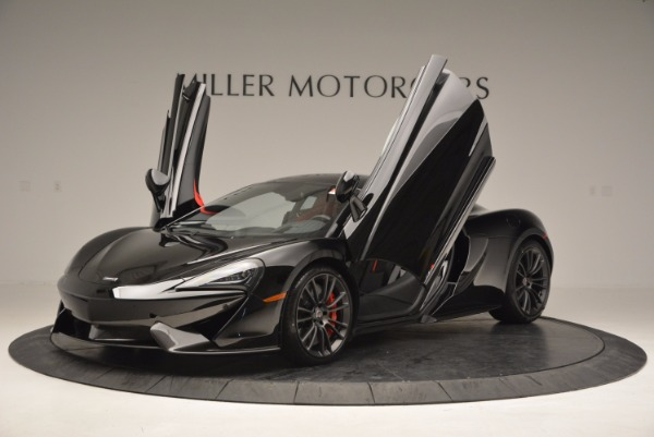 Used 2017 McLaren 570S for sale $149,900 at Bugatti of Greenwich in Greenwich CT 06830 12