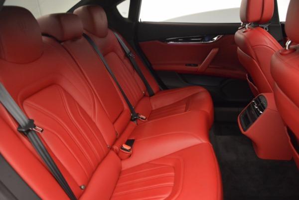 Used 2015 Maserati Quattroporte S Q4 for sale Sold at Bugatti of Greenwich in Greenwich CT 06830 24